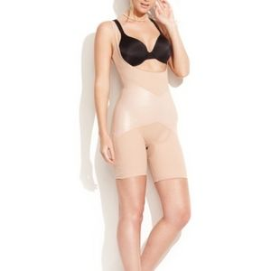 Spanx Star Power Open-Bust Mid-Thigh Body Shaper